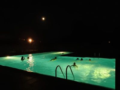 Nocturne à la piscine